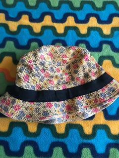Call it Spring Floral Bucket Hat😍😍😍