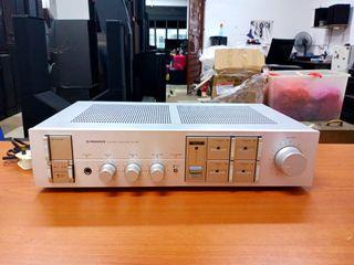 Ku pioneer integrated stereo amp 30