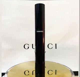 Repriced!!! Last price posted!!!Authentic Le Volume Ultra Noir- de Chanel Mascara 6g