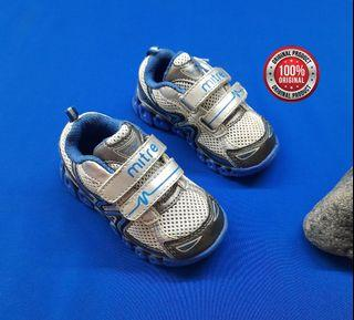 Mitre Sneakers Kids Size 6
