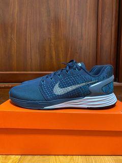 Nike lunarglide 7(us10)