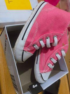 Original Airwalk Shoes Size 4 from US. Outgrown by my baby girl. Slightly used.  1-3 years old