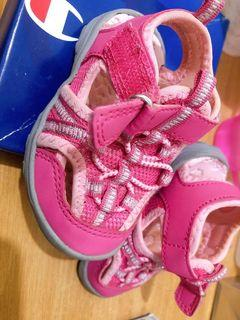 Original Champion Pink Shoes Size 4 from US. Outgrown by my baby girl. Slightly used.  1-3 years old