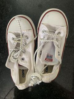 Authentic Toddler Kids Converse size 8