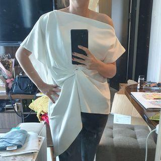 Loose blouse white
