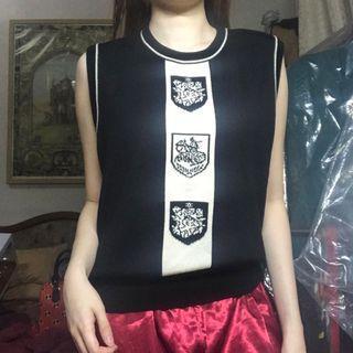 Vintage knitted vest