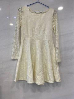 米黃蕾絲洋裝#東京