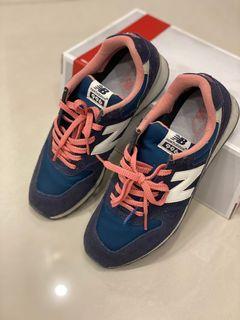 New balance 藍色運動鞋996#東京