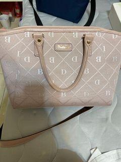 粉色珠光包包#斷捨離