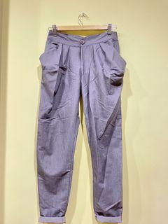 灰色西裝老爺褲