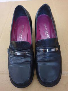 BAMAR 粗跟皮鞋