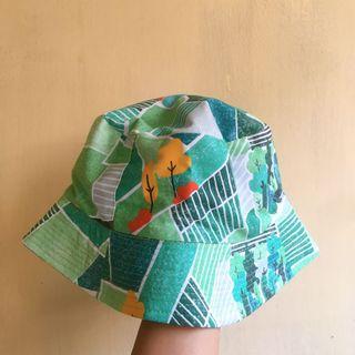 Bucket Hat Melekat Sejiwa