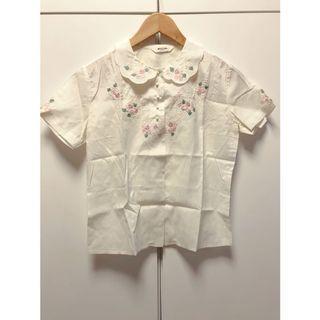 日本古著🇯🇵精緻秀氣彩色小花刺繡棉麻襯衫(短袖粉花)_ST2279