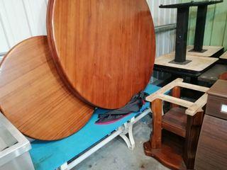 圓形大餐桌