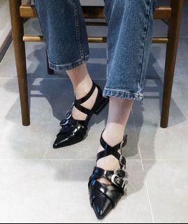 訂製款英倫風尖頭皮鞋 英倫風金屬裝飾皮鞋 龐克風金屬釦帶尖頭鞋 個性尖頭鞋 百搭時尚尖頭鞋  SH172