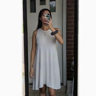 Aritzia Wilfred Free rosa swing dress