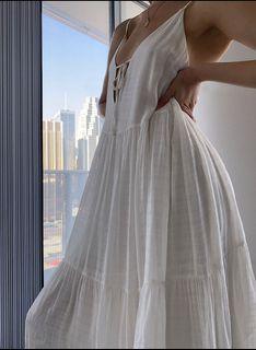 New unworn Aritzia Wilfred Dewdrop Dress - size L