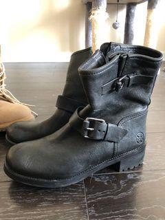 Size 7 Tory Burch Boots