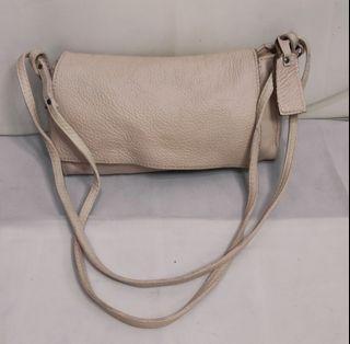 Sling bag Le Sands kulit mantul