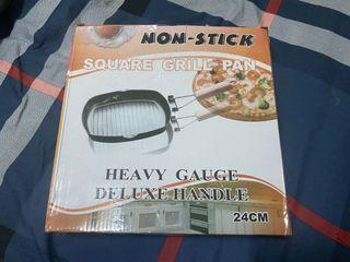 不沾鍋方形烤盤 Non-Stick Square Grill Pan 24公分