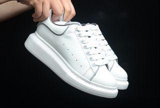 Luxury Alexander McQueen Sneakers Women Size EUR35-40 Men Size EUR40-44