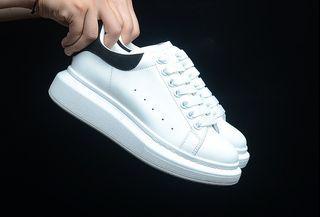 Luxury Alexander McQueen Sneakers Women Size EUR35-40 Men Size EU40-44 With box