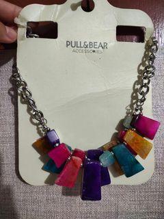 Pull and bear kalung