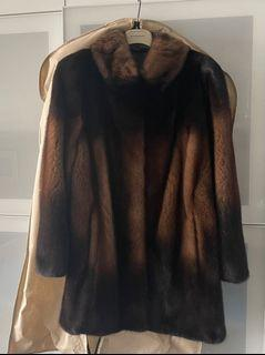 Two fur coats/one size/black and brown