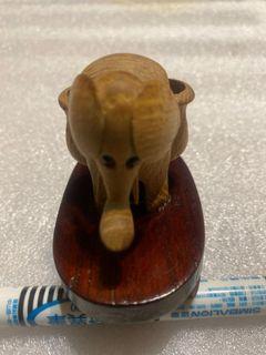 木製小象擺件