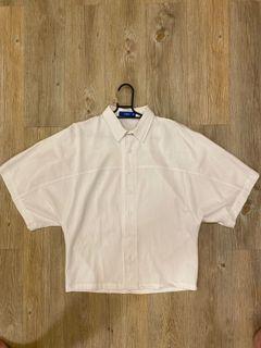 五分袖垂肩短版設計白襯衫(二手)
