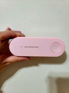 【二手/包裝完整】負離子迷你空氣清淨機 粉色