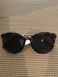 💯% Authentic American Eagle Sunglasses 😎