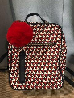 💯% Authentic Tommy Hilfiger Trendy Backpack 🎒
