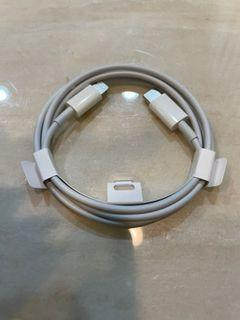 買手機裡面的APPLE 原廠 USB-C 對Lightning 傳輸充電線 iphone12 快速充電 TYPE C