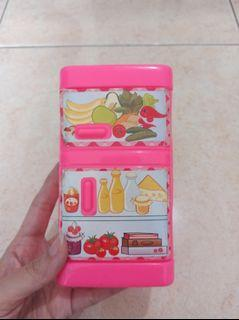 Mainan Masak Masakan Anak Perempuan Kulkas Mini Warna Pink Preloved Murah