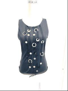 全新意大利製penny black設計師款超輕質彈性無袖背心上衣.尺寸在圖中