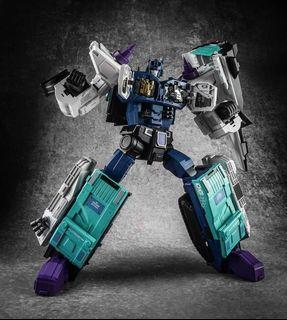 Transformers MB-08 DOUBLE EVIL(Overlord)| FANS HOBBY MASTER BUILDER  (Upgrade kits also available)
