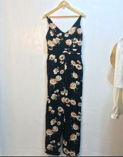 Zara sexy back loose floral Jumpsuit
