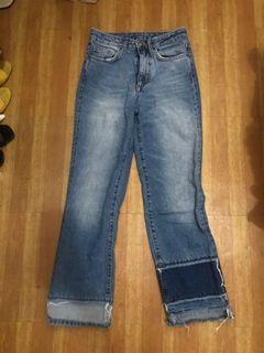 H&M Semi Flare Straight Cropped Jeans