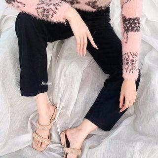 loose jeans hitam (jiniso)