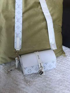 Lv Bag with strap and lock