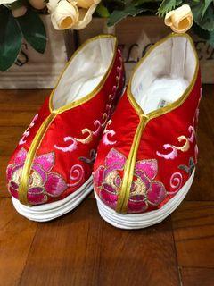 男/女童中式絹布鞋
