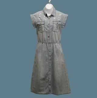 雙口袋刷破牛仔開襟洋裝