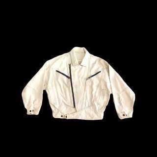 ·新裝裏百貨行· 80s 再製米白色 厚磅 拉鍊造型 寬版牛仔外套