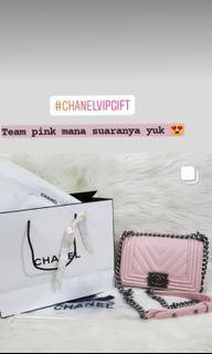 Ch*n*l VIP Gift pink