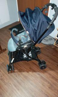 Combi Stroller (Sugocal Compact)