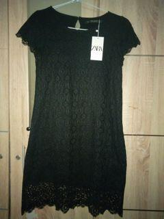 Dress brukat hitam zara