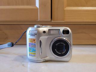 Nikon Coolpix 2100 Digital Camera