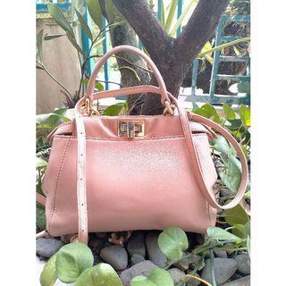 Tas Fendi Authentic preloved pl pink bag