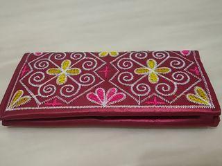 華麗 民族風 刺繡 花磚 緞面 輕便 長夾 皮夾